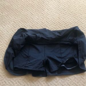 lululemon athletica Skirts - Lululemon black skirt